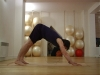 Yoga : apprenez la position du chien avec la tête en bas